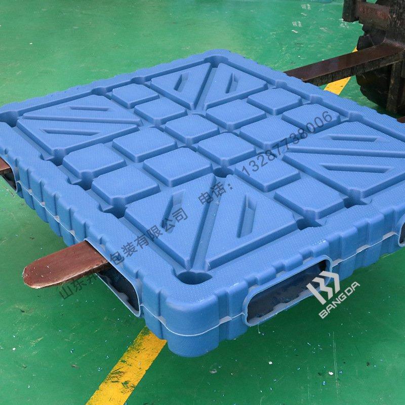 吸塑托盘与注塑托盘生产工艺的区别