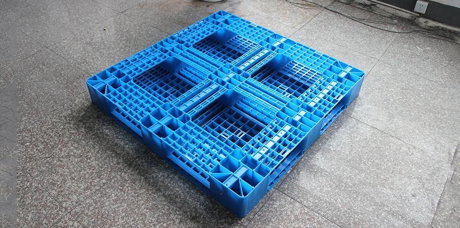 塑料托盘专家:选择托盘的时候,不应单单关心价格,这些因素也很重要!