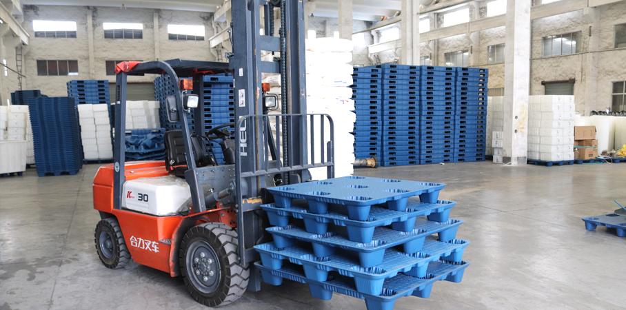 塑料托盘在物流运输中的优势和重要性分析