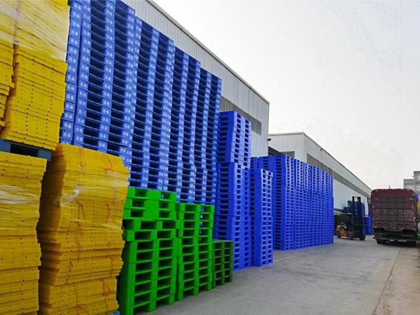 如何才能提升塑料托盘的生产质量?