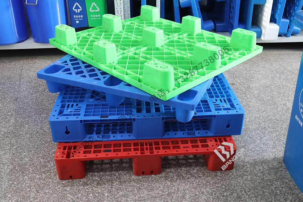 国外新冠肺炎疫情不容乐观,国内塑料托盘生产厂家应该怎么做好外贸