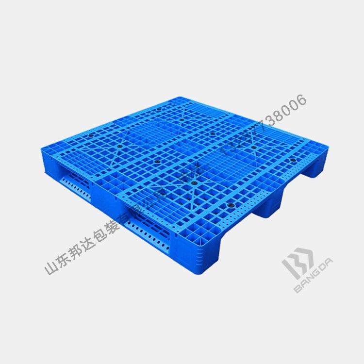 塑料托盘厂家在塑化,脱模阶段对托盘翘曲变形的影响